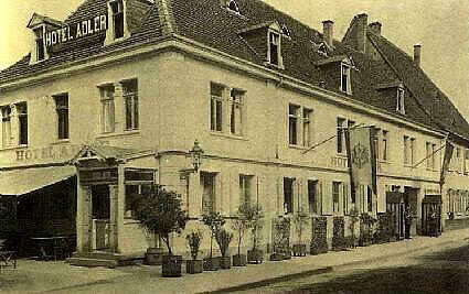 older picture of the Hotel Adler Post from 1914